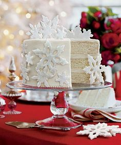 Winter Cake- sparkly snow flakes!