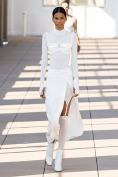 Spring 2020 Fashion Trends – Fashion Week Coverage - Mode Rsvp - Dion Lee Spring Summer 2020 trends runway coverage Ready To Wear Vogue lingerie underwear ov - Dion Lee, Fashion Weeks, Fashion Outfits, 2020 Fashion Trends, Fashion 2020, Vogue Fashion, Runway Fashion, Elegantes Outfit Frau, Chanel Resort