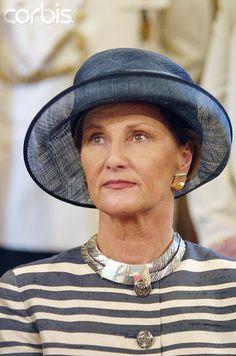 Queen Sonja, October 24, 2001