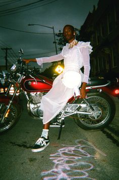 "banji-effect: "" Photo from Planet X, pop-up shop "" Black Is Beautiful, Beautiful People, Pretty People, Film Photography, Artistic Fashion Photography, Pretty Boys, Editorial Fashion, Men Dress, Harley Davidson"