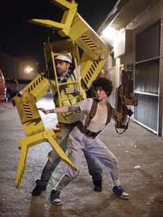 Ripley Power Loader Aliens Cosplay!