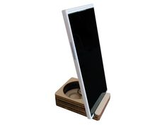 display stand supporto universale per smartphone di LOHN_Little Objects for Huge Needs su DaWanda.com