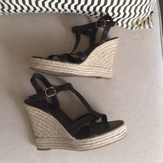 Banana republic t strap espadrilles brown 8.5 I believe these are an 8.5, can't find the size marking but they fit me well and that's my usual size. Very good condition. Not worn many times. Croc embossed. Banana Republic Shoes Espadrilles