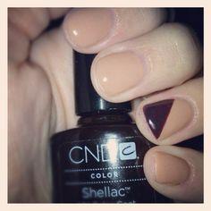 Shellac nail art