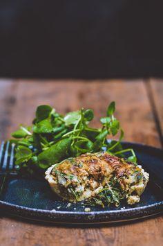 Spinach & Wild Mushroom Quiche via Raw Vegan Recipes, Vegan Foods, Healthy Recipes, Vegan Raw, Vegan Vegetarian, Vegetarian Recipes, Wild Mushrooms, Stuffed Mushrooms, Vegan Quiche