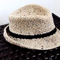 Crochet fedora pattern from Ravelry :D