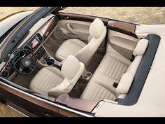 2013 Volkswagen Beetle Cabriolet Special Editions - 70s Edition Interior 2 - 1280x960 - Wallpaper