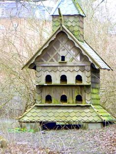 12 Duck Coop Ideas For Raising Ducks On Your Homestead Large Bird Houses, Duck Coop, Birdhouse Designs, Birdhouse Ideas, Duck House, Bird Boxes, Cottage, Animal House, Beautiful Birds