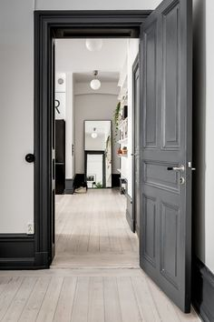 Black Interior Doors - Dramatic Or Conventional? When you need a truly dramatic, dramatic look, nothing is more dramatic than the use of black interior doors. Black doors give you the kind of feel that . Grey Interior Doors, Interior Trim, Home Interior, Interior Decorating, Interior Design, Interior Paint, Design Room, Door Design, Dark Doors