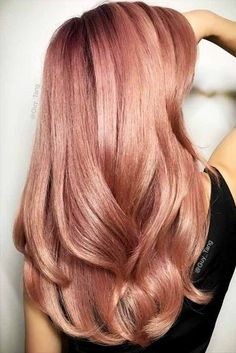 35 Charming Rose Gold Hair Colors - Page 27 of 35 - LoveIn Home - 35 Charming Rose Gold Hair Colors Rose gold hair,hair colors,hairstyle ideas. Ombré Hair, New Hair, Hair Cut, Long Hairstyles, Pretty Hairstyles, Hairstyle Ideas, Party Hairstyle, Bangs Hairstyle, Latest Hairstyles