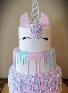 More in my website unicorn cake unicorn cake Girls birthday party. Unicorne Cake, Eat Cake, Cupcake Cakes, 3 Tier Cake, Unicorn Cupcakes Cake, Diy Unicorn Cake, Unicorn Cookies, Cute Unicorn, Cupcake Toppers