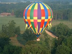 ride in a hot air balloon (and have a photo of myself taken during ride)