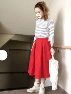 ☺︎*♡ 赤スカートメイン◎ 寒かったので 薄めのアウター☺︎* Tシャツ☺︎ ? スカート☺︎WE