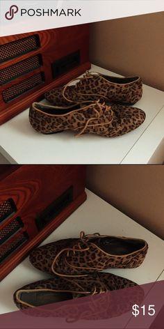 Cheetah Oxfords Barely worn / MAKE AN OFFER Forever 21 Shoes Flats & Loafers