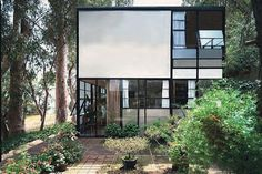Charles and Ray Eames House, Los Angeles, 1949 - Built with prefabricated components