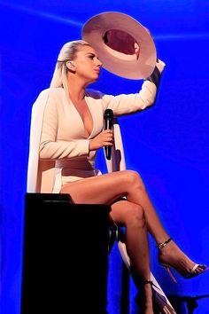 Lady Gaga - SNL - October 2016
