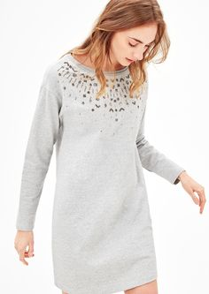 Sweatshirt dress with decorative beads from s.Oliver. Discover the latest fashions online for women, men and kids and order with free delivery.
