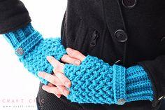 Criss Cross Fingerless Gloves ~ free pattern