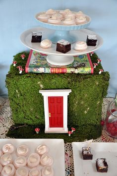 Alice in Wonderland Wedding party