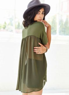 Green V Neck Short Sleeve Contrast Sheer T-Shirt