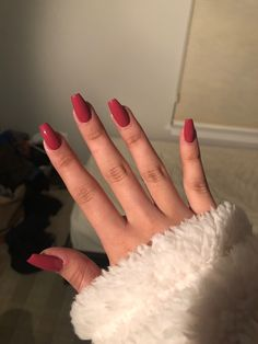 Sarg Acryl Burgunder Winter Herbstfarben Sarg Acryl Burgunder … – Cute nails – Many women … Acrylic Nails Coffin Short, Simple Acrylic Nails, Summer Acrylic Nails, Best Acrylic Nails, Coffin Acrylics, Summer Nails, Burgundy Acrylic Nails, Pastel Nails, Spring Nails