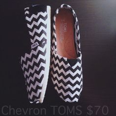 B&W Chevron Toms (Women)