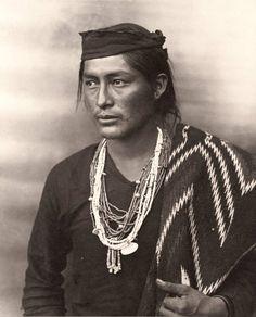 navajo man Poo-wish-ke-ja-le-kiss,a Navajo young man, Painted Desert, Arizona. ca 1900. Photo by Frederick Monsen.