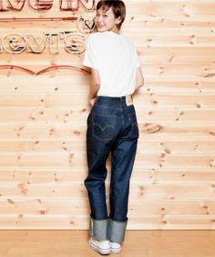LEVI'S VINTAGE CLOTHING(リーバイス・ビンテージ・クロージング)の「【GISELe 9月号掲載】LEVI'S VINTAGE CLOTHING 1950s 701/テーパード/リジッド/セルビッジデニム(デニムパンツ)」 詳細画像