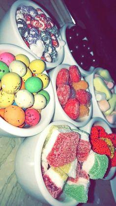 Nhăm nhăm😍❤ Tumblr P, Cute Food, Yummy Food, Smoothie Recipes, Snack Recipes, Hight Light, Junk Food Snacks, Snap Food, Food Snapchat