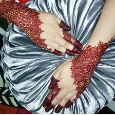 Modern and Attractive Red Mehndi Designs - Kurti Blouse Mehndi Designs 2018, Modern Mehndi Designs, Bridal Henna Designs, Mehndi Designs For Girls, Mehndi Designs For Beginners, Beautiful Henna Designs, Dulhan Mehndi Designs, Arabic Mehndi Designs, Mehandi Designs