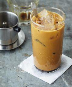Lecker und erfrischend: Besonders an heißen Sommertagen ist ein kühler Eiskaffee genau das Richtige.   http://www.kaffee-shop-deutschland.de/kaffee-shop