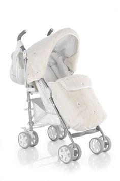 Bebek arabasının da Swarovski'lisi olur! - http://www.diyetinasilyapilir.com/anne-ve-bebek/bebek-arabasinin-da-swarovskilisi-olur/