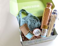 greenUP Box Review June 2020 - A subscription box that supports people in reducing their plastic waste. Plastic Waste, Natural Deodorant, Subscription Boxes, Cool Tools, Body Wash, Really Cool Stuff, Eco Friendly, June, People