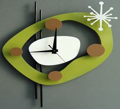 Steve Cambronne Green Clock ~ Love this one!