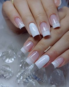 What manicure for what kind of nails? - My Nails Glitter French Manicure, French Tip Nails, Manicure And Pedicure, French Pedicure, Pedicure Ideas, Elegant Nails, Stylish Nails, Cute Acrylic Nails, Fun Nails