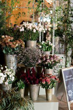 Putnam & Putnam flowers at the #CMnyfw Fall '16 presentation
