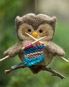 I need to get this for my brother's girlfriend! Needle Felted Owl Ornament - Knitting