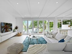 Home Renovation Ideas – Interior And Exterior - Home Remodeling Coastal Living Rooms, My Living Room, Home And Living, Living Room Furniture, Living Room Decor, Wooden Furniture, Antique Furniture, Coastal Rugs, Kitchen Living