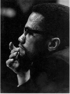 hasbunallahuvenimelvekil:  Öleceğim var ise ölürüm.Bu O'nun (c.c) kararıdır. Ben başka bir dünyanın sevdasıyla hareket ediyorum. | Malcolm X