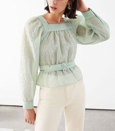 Belted Bubble Sleeve Crepe Top - Light Green - Tops - & Other Stories Look Fashion, Girl Fashion, Womens Fashion, Fashion Tips, Fashion Design, Nu Project, Zara, Crepe Top, Fashion Story