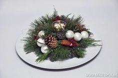 Kerst | Biss Floral | Bloemen, Workshops en Arrangementen | Kerst Bloemschikken Creatieve Workshop Nobilis Kerstmis November December