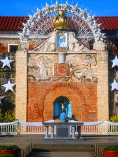 fort pilar shrine of the Virgin Mary - no matter what creed, folks flock the shrine as faith explained its the city's shield from misfortune. Zamboanga City, President Of The Philippines, Baguio, Charlotte Casiraghi, Environmental Science, My Heritage, Virgin Mary, Manila, Homeland