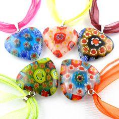 Halskette/-band mit Millefiori-Glasherz  Mille-Fiori (italienisch=tausend Blümchen)  Glasherz  24x24 mm  Länge 48 cm inkl. Verlängerungskette  Karabinerverschluss #JOY #Einzelstücke #Herz #Millefiori #anhänger #Halskette #halsschmuck #schmuck #modeschmuck #heart #pendant #necklace #costumejewelry #jewelry #jewellery #Geschenk #Geschenkidee #gift #fashion #style #love #Hochzeit #Hochzeitstag #Geburtstag #Valentinstag #Muttertag #Weihnachten #schmuckliebe #freudeschenken #shopping #onlineshop Fly To Fiji, Joy Shop, Princess Cut, Black Diamond, Pendants, Fancy, Pendant Necklace, Gold, Gifts