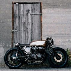 "141 Likes, 2 Comments - Black Bikes (@black.bikes) on Instagram: ""In love with this CB 750  Comment your thoughts below!⬇️ . . . . . #motorcycles #bikestagram…"""