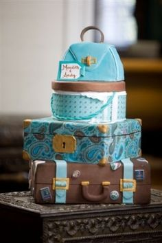 Travel-themed cake by Janny Dangerous