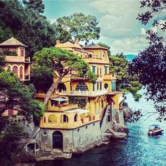Bright colors in Portofino, Italy. Photo courtesy of globaltouring on Instagram.