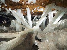 Image: A geologist in the Cave of Crystals (Cueva de los Cristales) in Naica Mine, Chihuahua, Mexico. (© Javier Trueba/MSF /Science Source/P...
