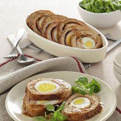 Polpettone arrotolato con uova sode - Scuola di cucina | Donna Moderna