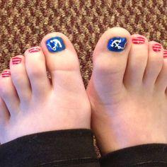 Nautical toe nails