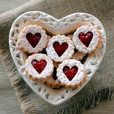 Low-Carb Linzer Hearts   Low-Carb, So Simple! #pizza #cooikes